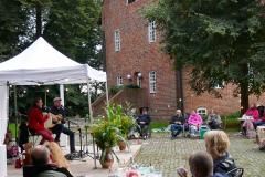 Burg-zu-Hagen_Sommerfest-auf-dem-Burghof_04