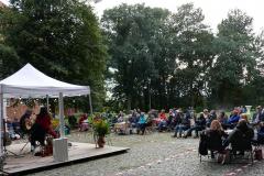 Burg-zu-Hagen_Sommerfest-auf-dem-Burghof_05