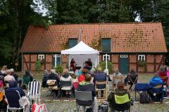 Burg-zu-Hagen_Sommerfest-auf-dem-Burghof_07